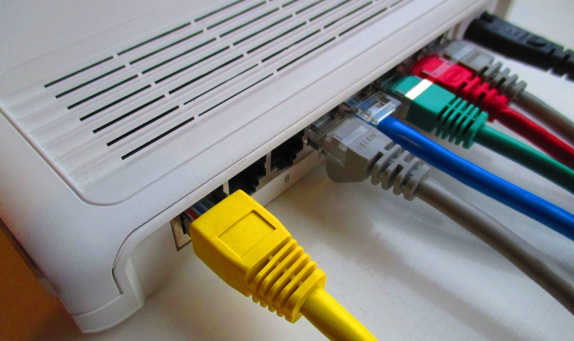 technology-cable-communication-electronic-switch-product-10645